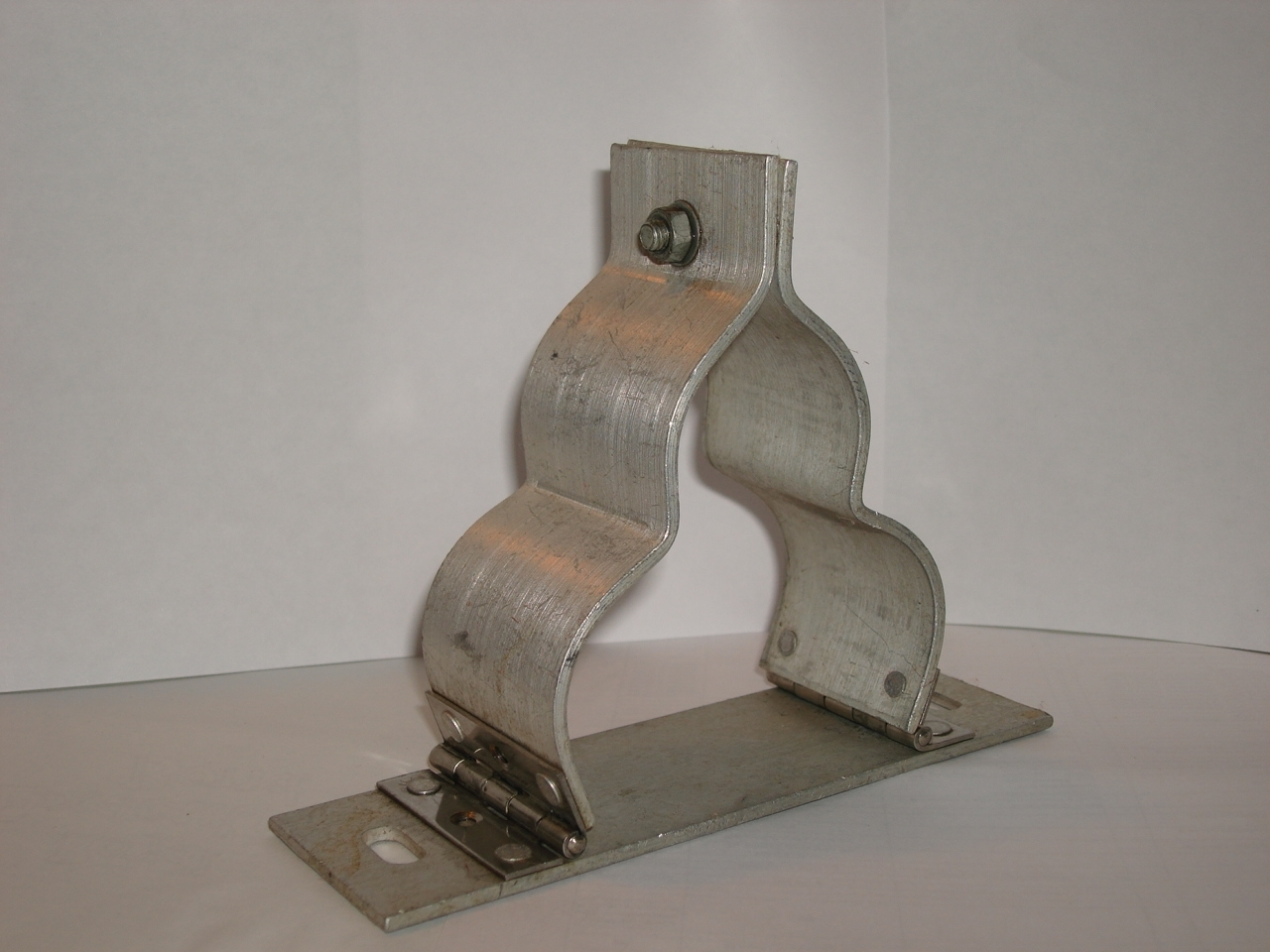 Aluminium Strip Trefoil Clamp Cleat Aluminium Strip