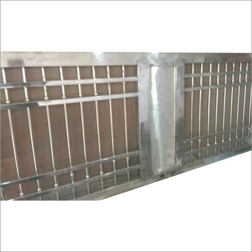Plain Stainless Steel Main Gate