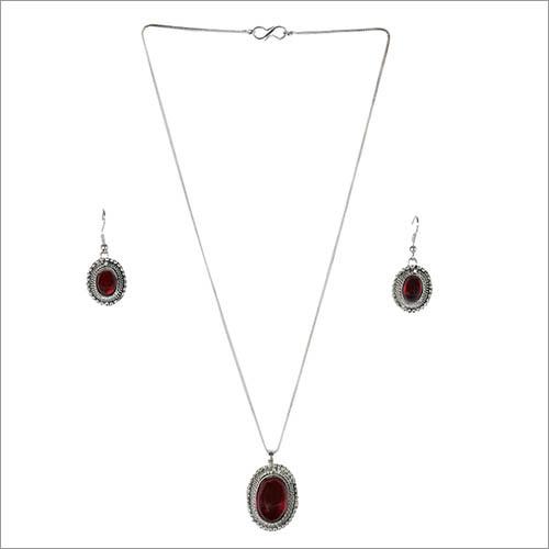 Oxidized Metallic Crystal Necklace Set With Stone