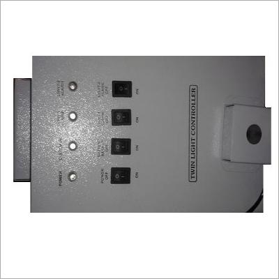 Twin Light Controller