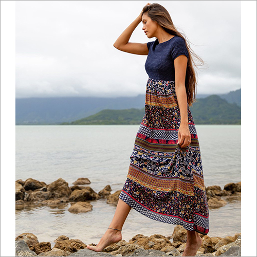 Ladies Cap Sleeve Crochet Bodice Maxi Dress
