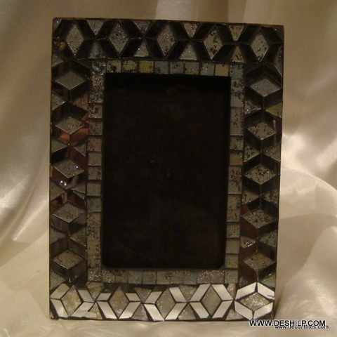 GLASS MOSAIC DECOR PHOTO FRAME