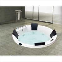 Round Jacuzzi Tub