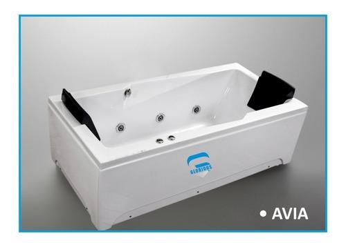 Avia jacuzzi bath tub
