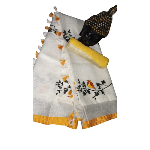 Ladies Tendy Print Saree