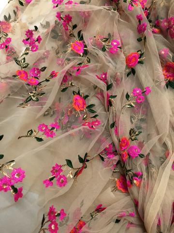 Floral Net Embroidery Fabric / Embroidered Net Fabric