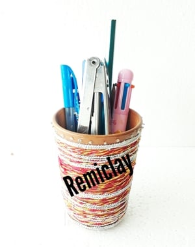 Handicraft Clay Pen Holder