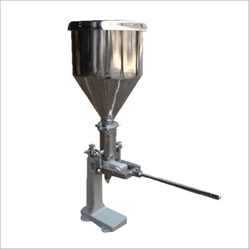 Cream Filler Machine