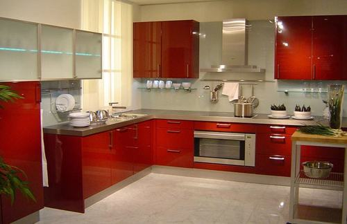 HI Gloss Laminated Modular Kitchen