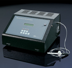 MODEL 9070 O2 and CO2 Food Package Analyzer