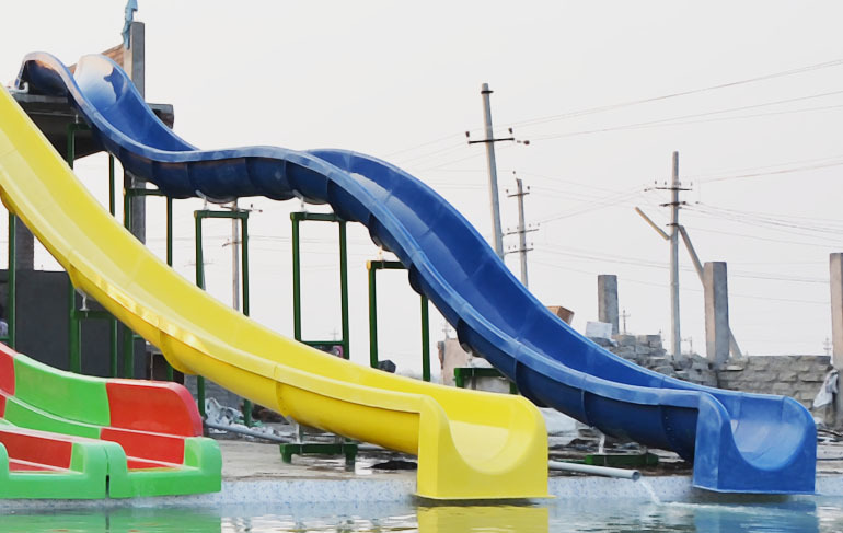 Free Fall Water Slides