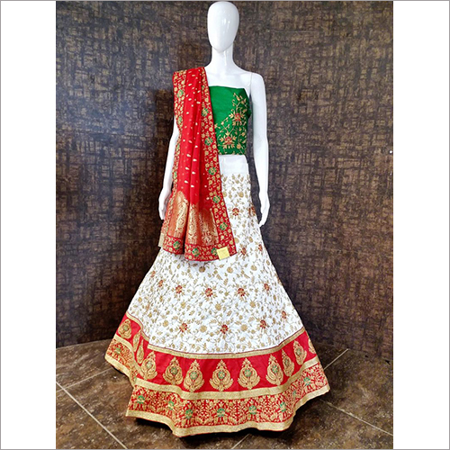 Ladies Heavy Embroidered Unstitched Ghagra Choli Material