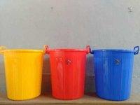 plastic dustbins 35 ltrs