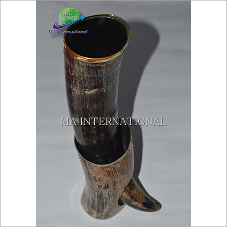 BUFFALO DRINKING HORN WITH HORN STAND