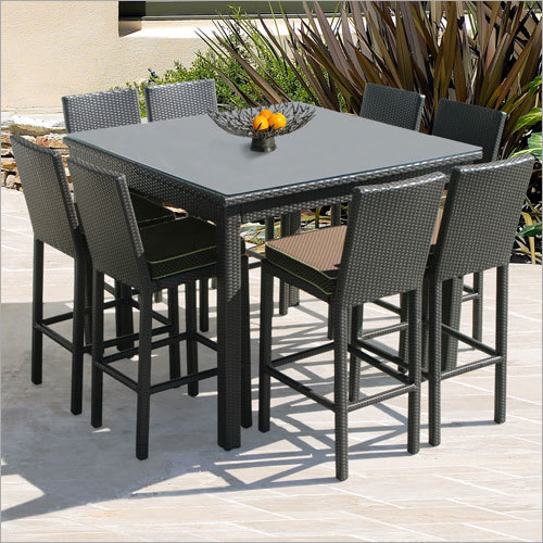 Outdoor Designer Dinnig Table Set