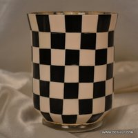CHASE DESIGN GLASS CANDLE HOLDER