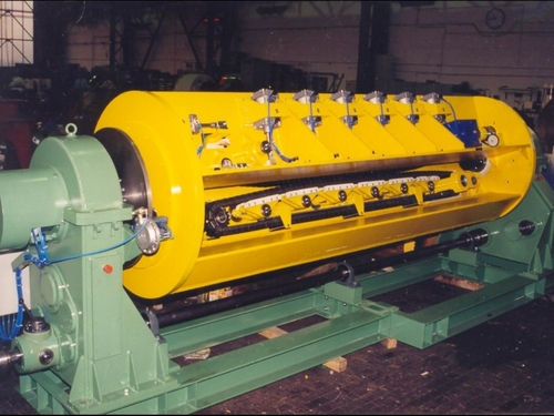 Caterpillar Belt for Rotating Machine