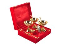 International Gift Showpiece Gift Set