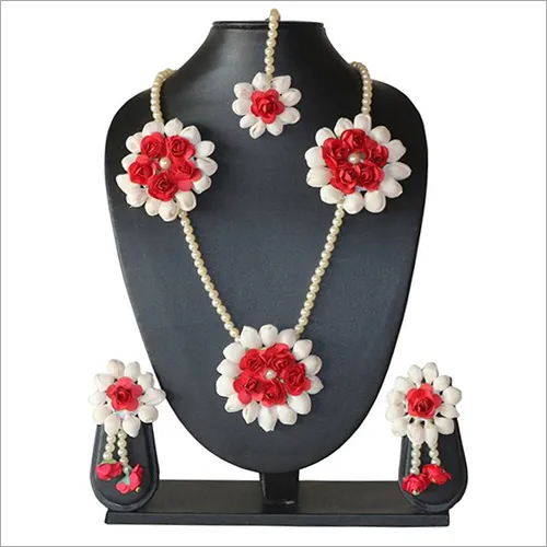 Artificial Flower Designer Necklace Set