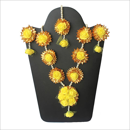 Handmade Yellow Floral Necklace Set
