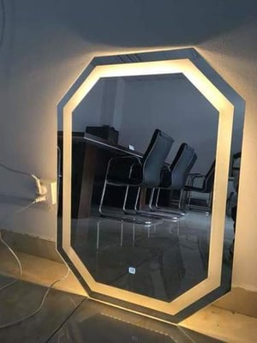 LED MIRROR GLASS