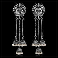 Ladies Modern Earring