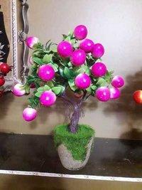 lingonberry Decorative Show Pieces
