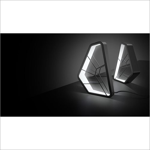 Butterfly Metal Frame LED Lamp Designing Service