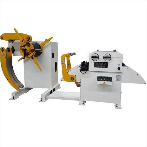 Motorised Decoiler Cum Straightener Machine