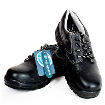 Bata Bora Derby PU Sole Safety Shoes