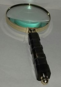 Magnifier with wood Handle