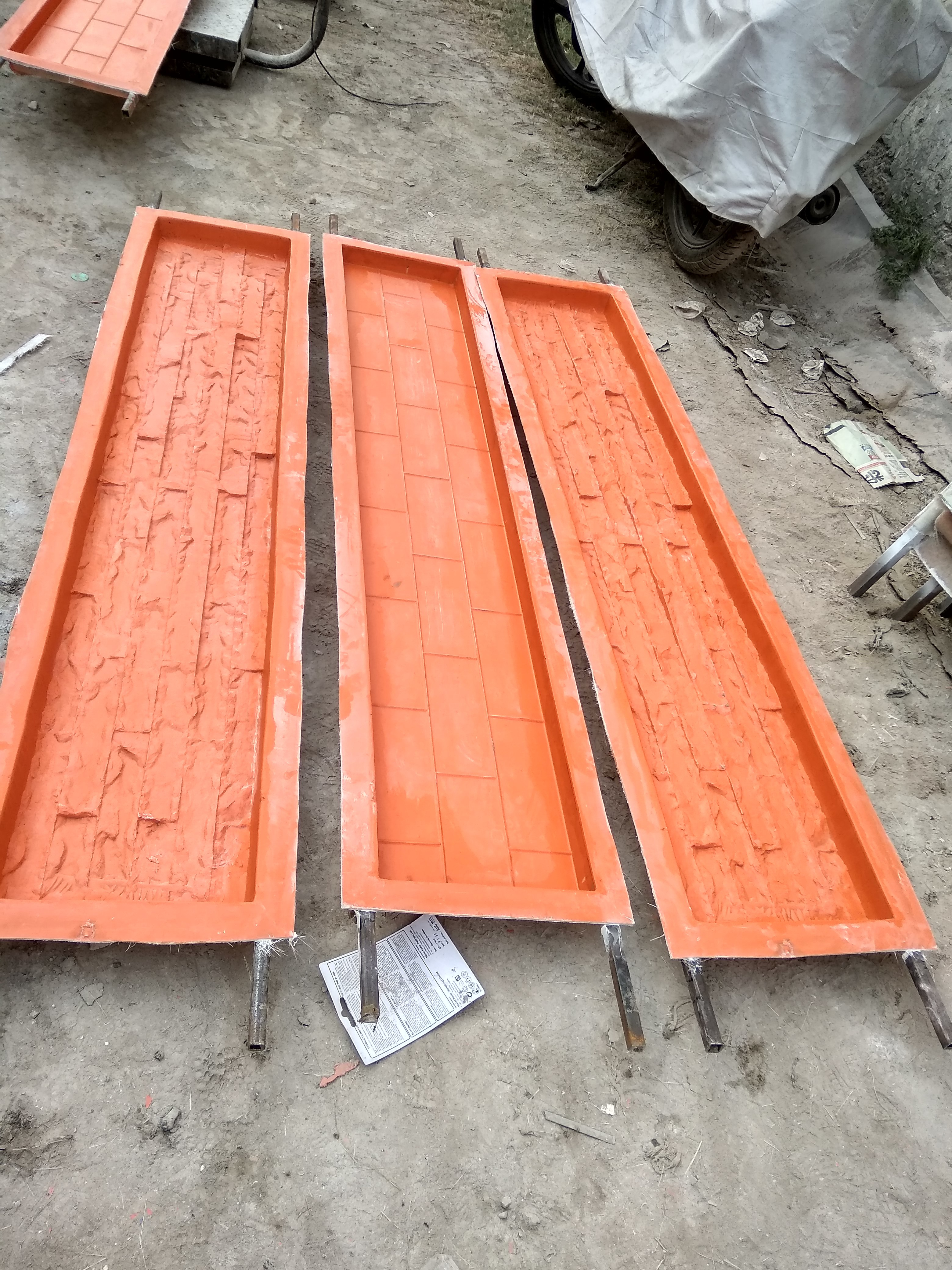 RCC Compound Wall Mould