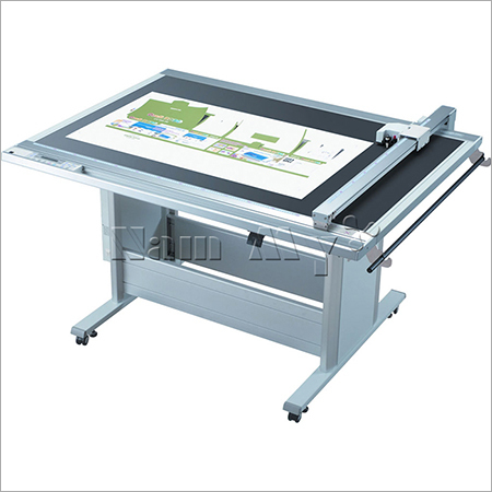 Decal Cutting Machine