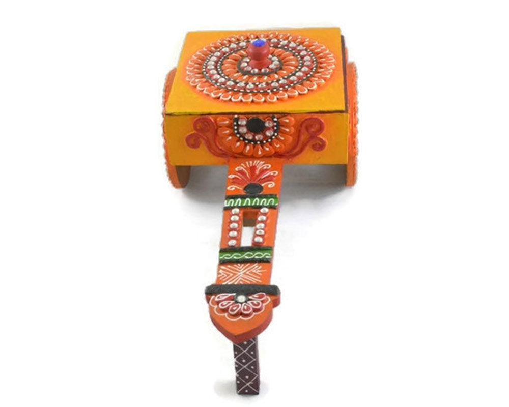 Traditional Indian Handmade Decorative Handicraft Antique Chariot Wooden Dry Fruit Case