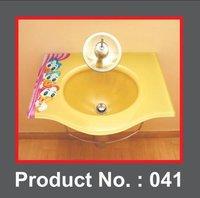 Glass wash basin
