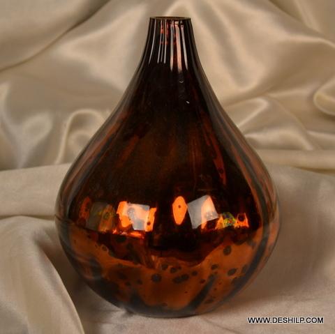 ANTIQUE GLASS FLOWER VASE