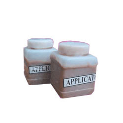 Brown Solid Applicator Solvent