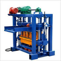 Automatic concrete block machine