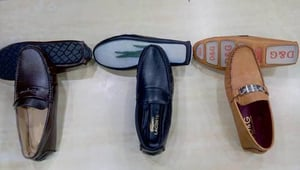 Branded Sleepers , Loafers , Sports shoes with bill