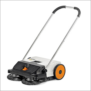Machanical Broom Sweeper