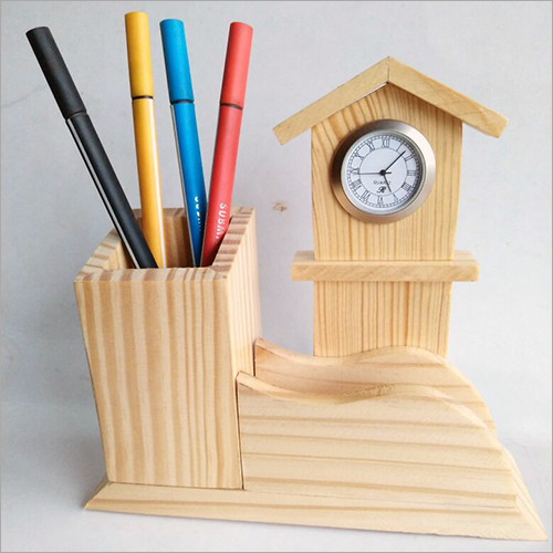 Clock With Card With Penholder
