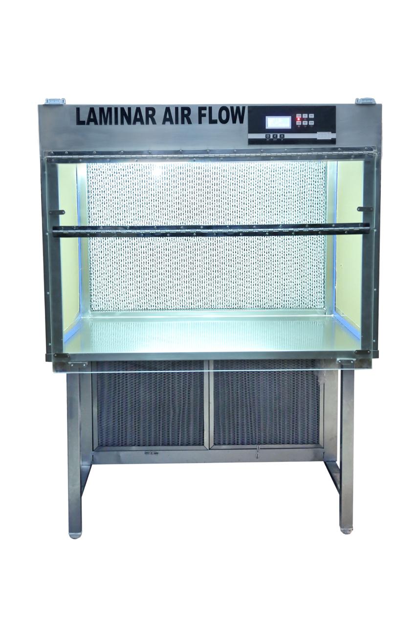 Laminar Air Flow Cabinet Vertical
