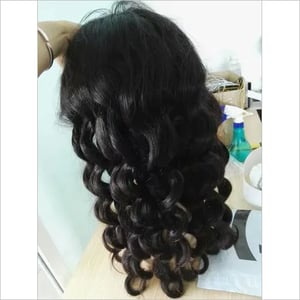 Frontal wigs curly