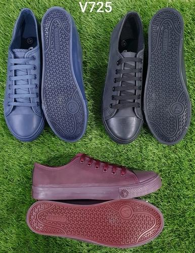 Gents Waterproof Canvas Shoes