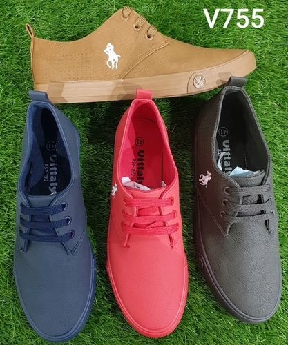 Gents canvas shoes