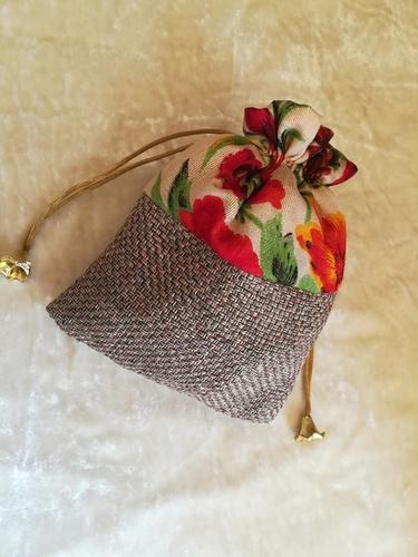 Giveaway Potlis and envelops