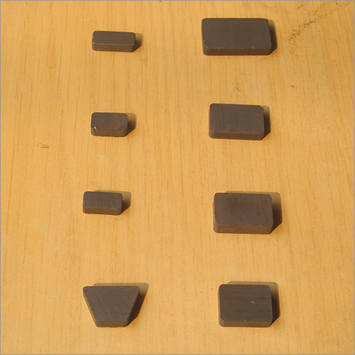Triangle Ferrite Catcher Magnet