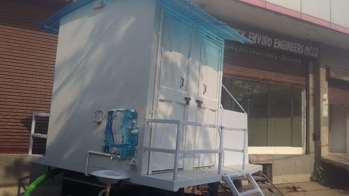 4 Sheeter Mobile Toilet Van