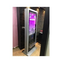 55 inch indoor lcd selfie touch screen photo booth advertising