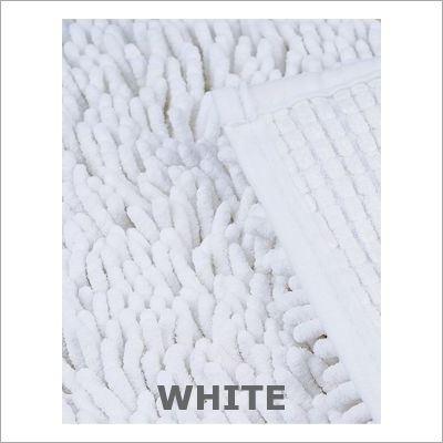 Hotel White Bath Mat Shaggy